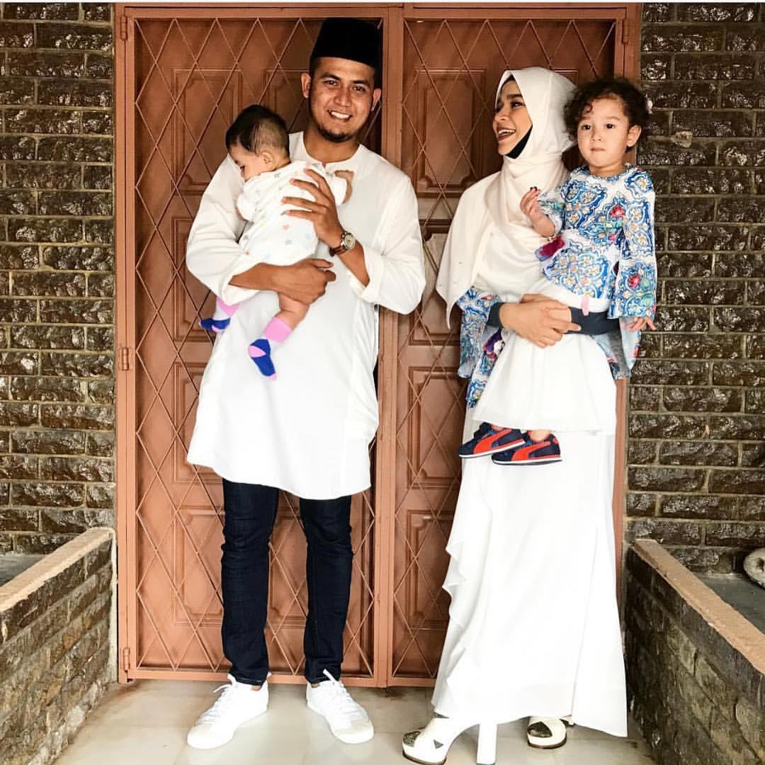 Tag anak artis baju raya fesyen baju gambar artis hari raya instagram keluarga artis lisa surihani pelakon suami isteri yusry kru
