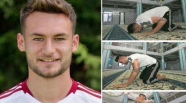 Pemain Bola Sepak Dunia Yang Memeluk Islam Disaat Nama Mereka Berada Dipuncak.. Alhamdulillah..